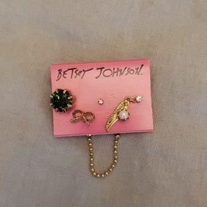 Betsey Johnson earring set